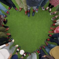 people-stood-in-heart-shape-Redlaces
