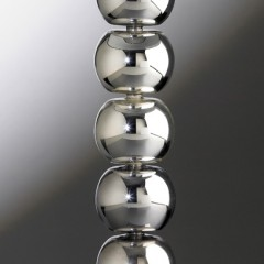 advertising-photographer-table-lamp-chrome-balls